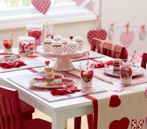 tavola romantica anniversario matrimonio