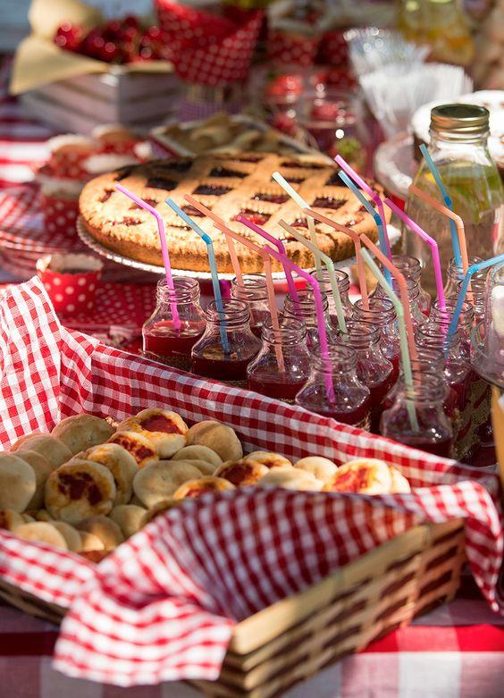 allestimento compleanno picnic in campagna