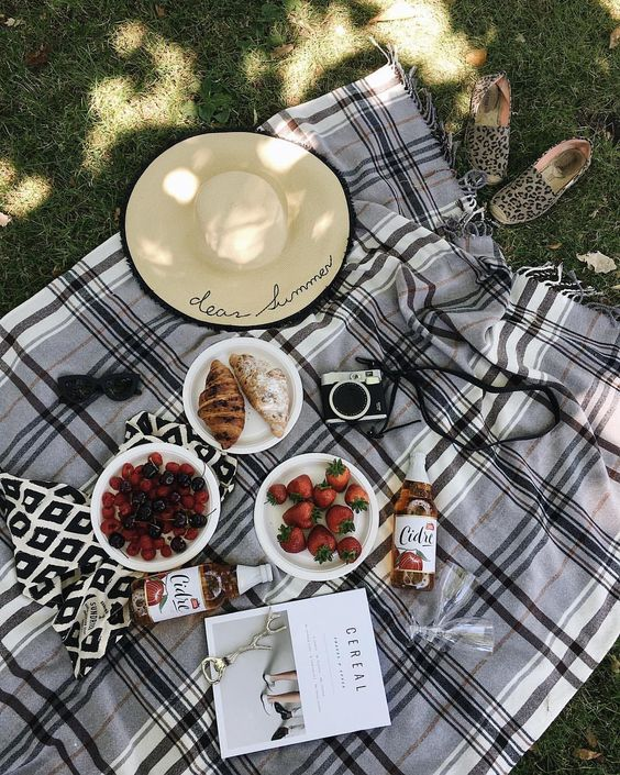 colazione giardino estate
