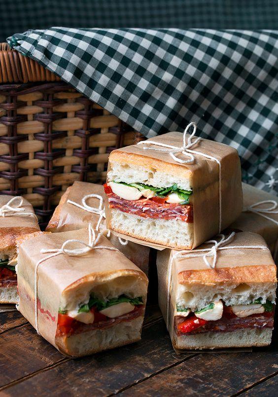 cibo picnic pranzo all'aperto