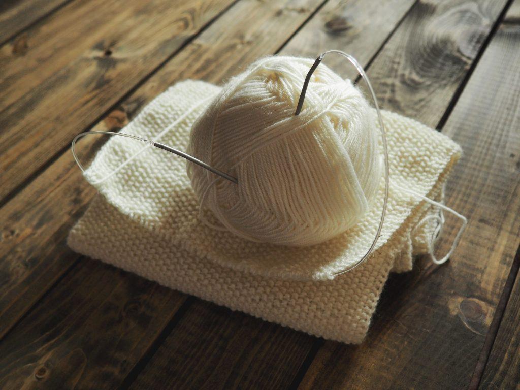 ferri da maglia gomitoli lana