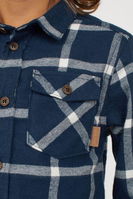 camicia di flanella blu