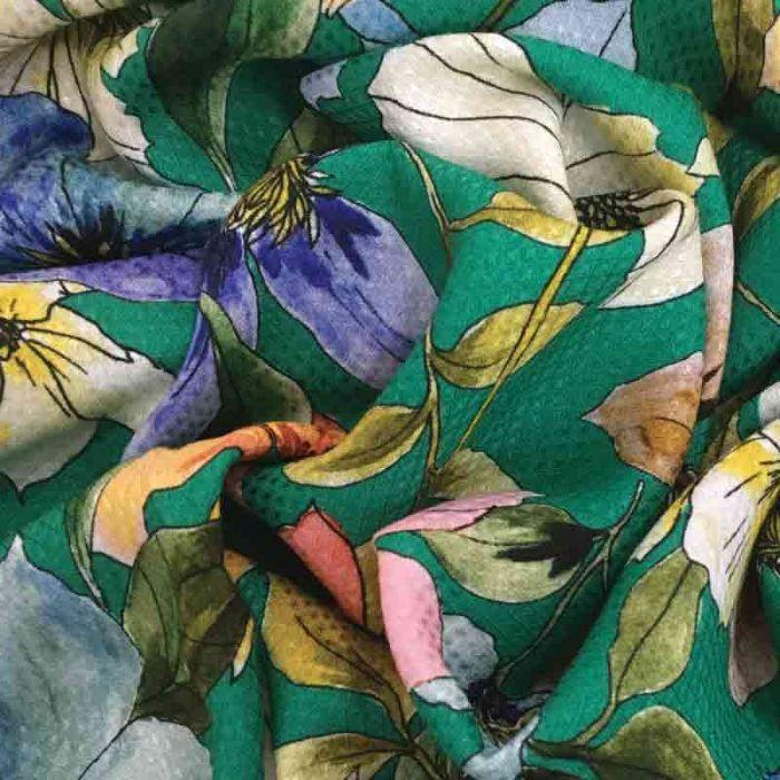tessuto viscosa verde a metraggio con fiori