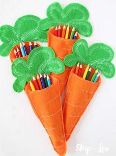 carote di pannolenci per bambini attività di pasqua