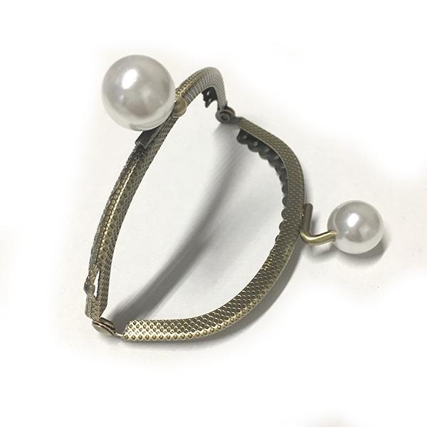 Click Clack Bronzo Ovale 8,5 cm con Perle
