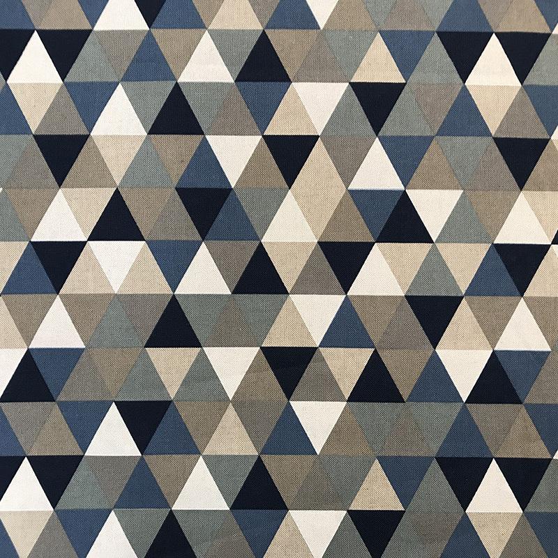 Tessuto Misto Cotone Triangoli Toni del Blu e Beige