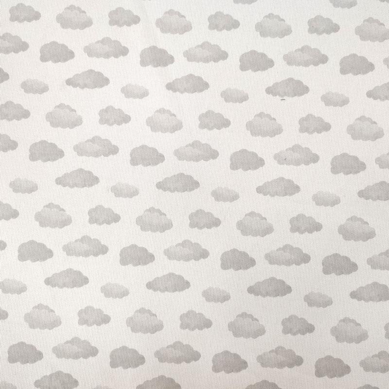 Tessuto Piquet di Cotone Fantasia Nuvolette Grigie