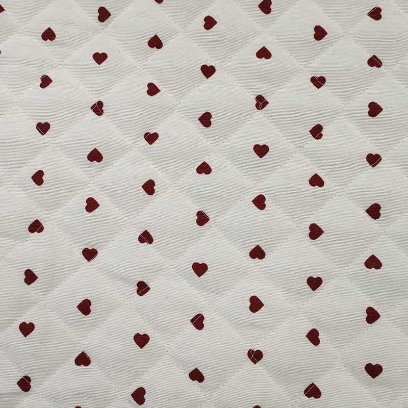 Tessuto Trapuntato Cuori Rossi Sfondo Bianco